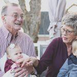 Fortalece tu vínculo como abuelo con tu nieto